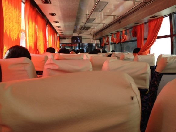 フィリピン バス